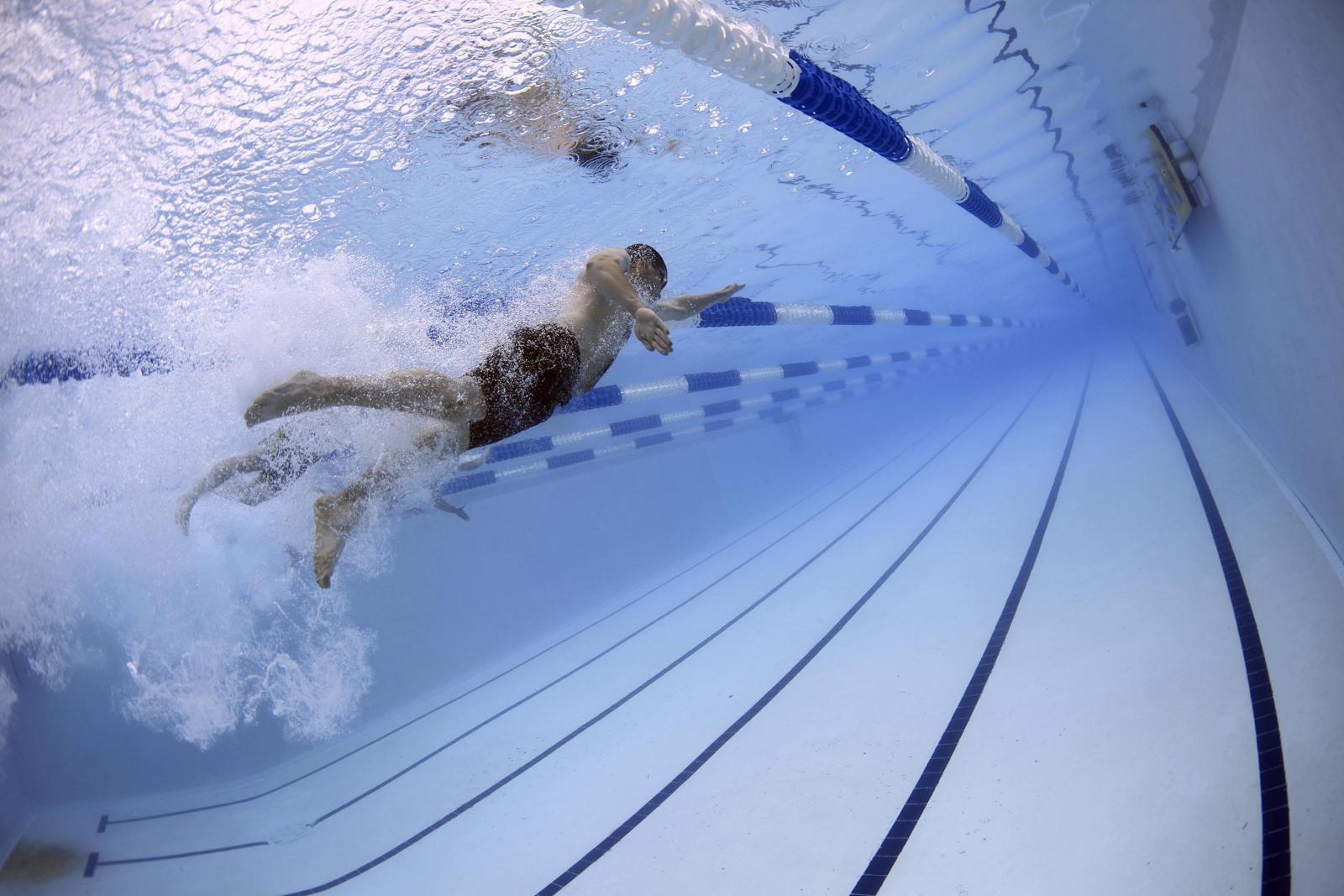 Bazine înot, parcuri acvative sau apă termală
